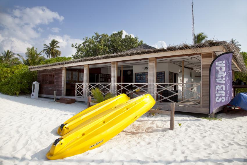 Die Basis von außen, Angaga, SUB AQUA DiveCenter, Malediven