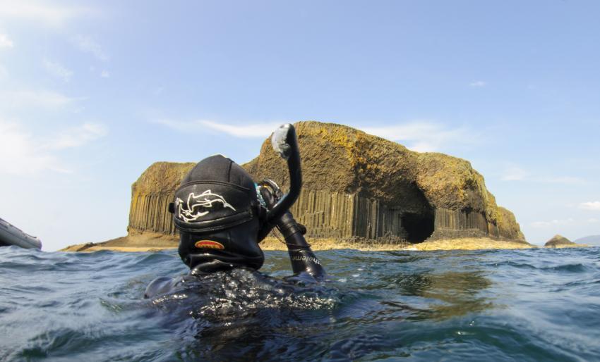 Staffa - Schnorcheltour, Fingal's Cave, Staffa, Isle of Mull, Schottland, Tauchen, Schnorcheln, Großbritannien