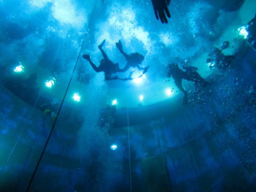 Indoortauchen, Dive4Life, Siegburg, Tauchschule Enjoy The Silence GbR, Deutschland, Nordrhein-Westfalen