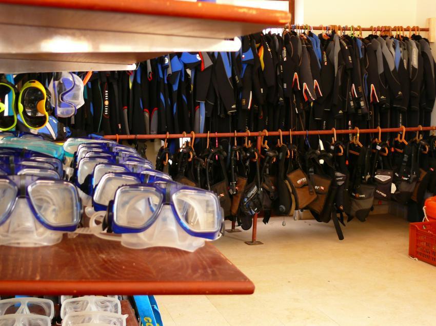 Equipment rental, Blue Submarine Diving Center, Gemma Resort, Marsa Alam, Ägypten, Marsa Alam und südlich