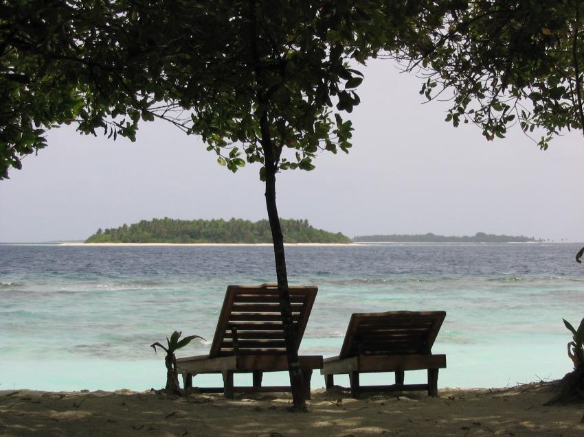 Reethi Beach( Baa Atoll), Reethi Beach,Malediven,liegestuhl,strand,insel,relaxen
