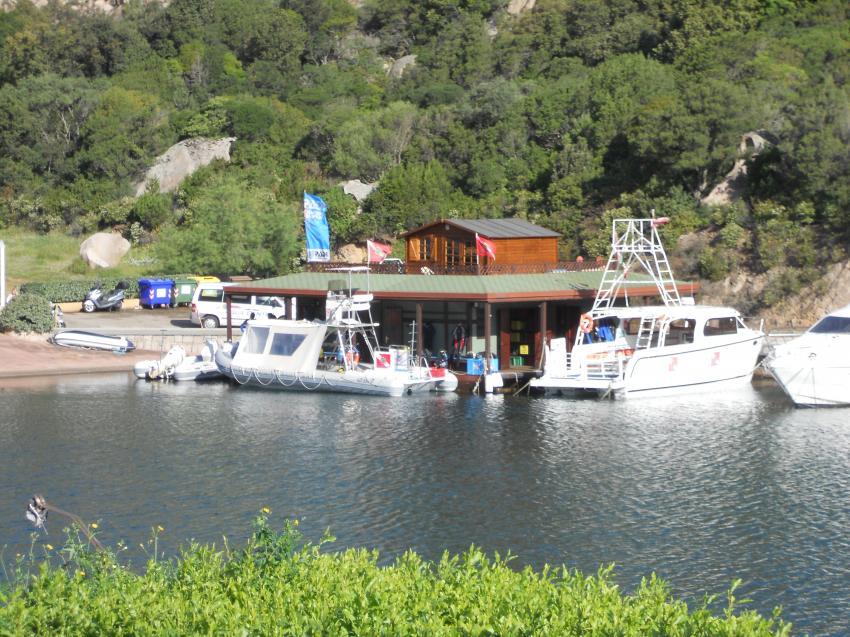 Die Tauchbasis, Sardinia, OrsoDiving, Corsica, tauchen, Catamaran, Orso Diving Club (Sardinien), Italien, Sardinien