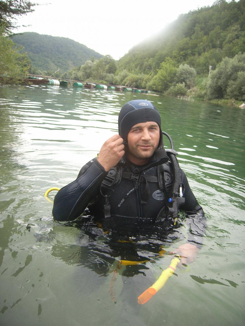 Fluss Una, NW Bosnien, Fluss Una,Bosnien und Herzegowina,Taucher,Flusstauchen