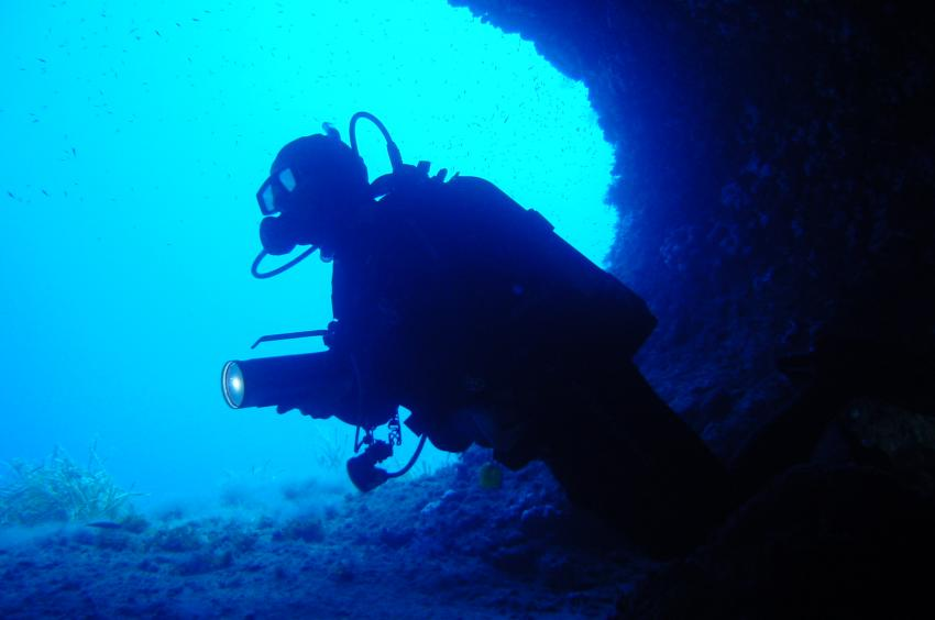Mallorca-Porto Colom, Mallorca,Porto Colom,Spanien,Höhle,Taucher,Eingang
