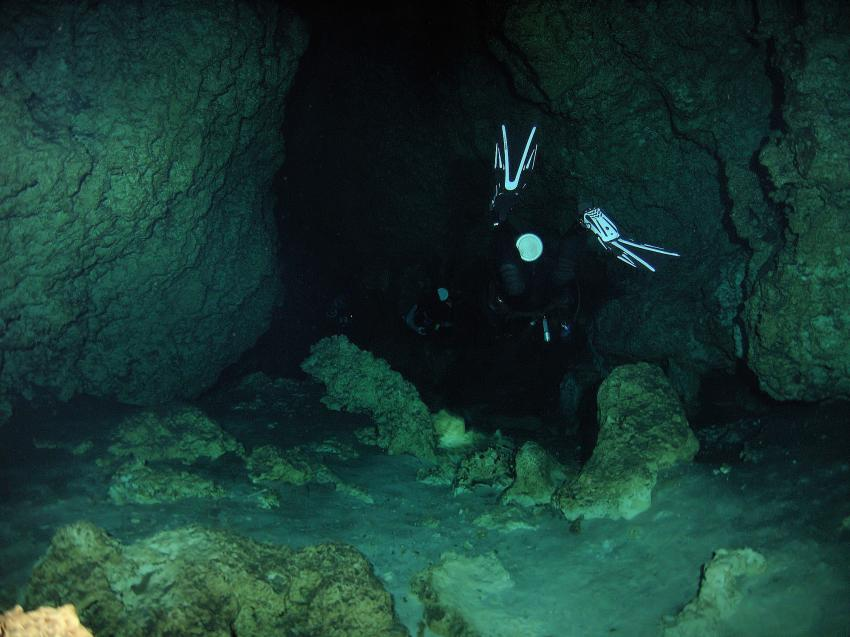 Cenote Aktun-Ha (CarWash), Cenote Aktun-Ha (CarWash),Mexiko,Cenote,Höhle,klar