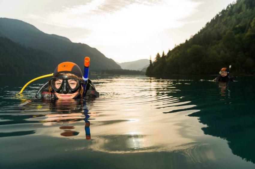 Dive World Weißensee Ost , Dive World Diving.de Diving weissensee tauchen Kurse Padi Ssi, Tauchbasis Dive-World, Weissensee-Ost, Österreich