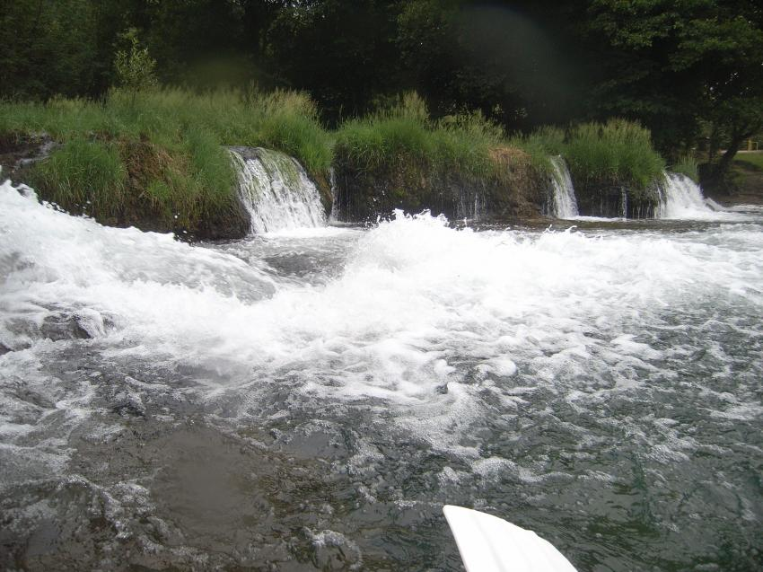 Fluss Una, NW Bosnien, Fluss Una,Bosnien und Herzegowina,Tauchplatz Fluss Una,Bosanska Otoka,Mlincici,Wasserall,fluss