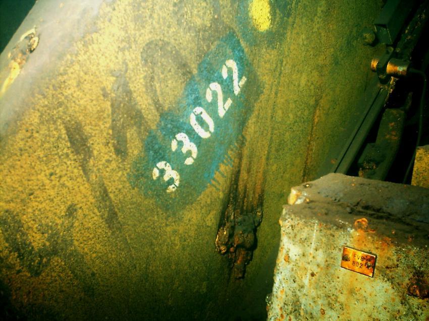 Möllerbunker,Duisburg, Möller Bunker,Duisburg,Nordrhein-Westfalen,Deutschland,Kennzeichnung eines Maschinenteils