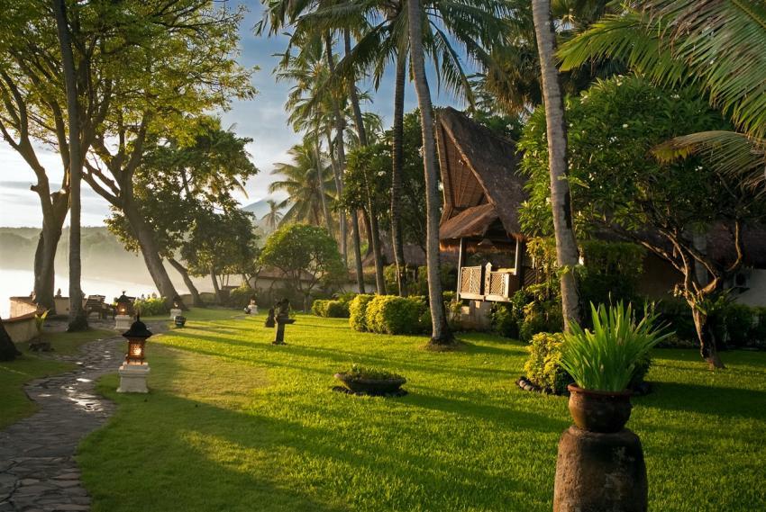 Alam Anda - Seaview Bungalow, Alam Anda Ocean Front Resort & Spa, Indonesien