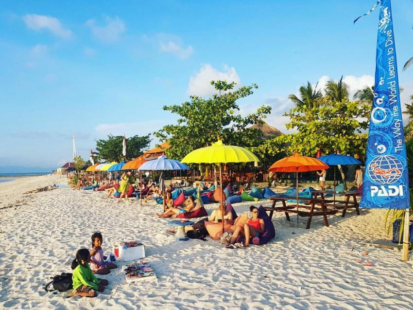 Bluecorner Strandbar nach dem Tauchen , tauchen, Bali, Strand, Strandbar, Indonesien, Blue Corner Dive, Lembongan