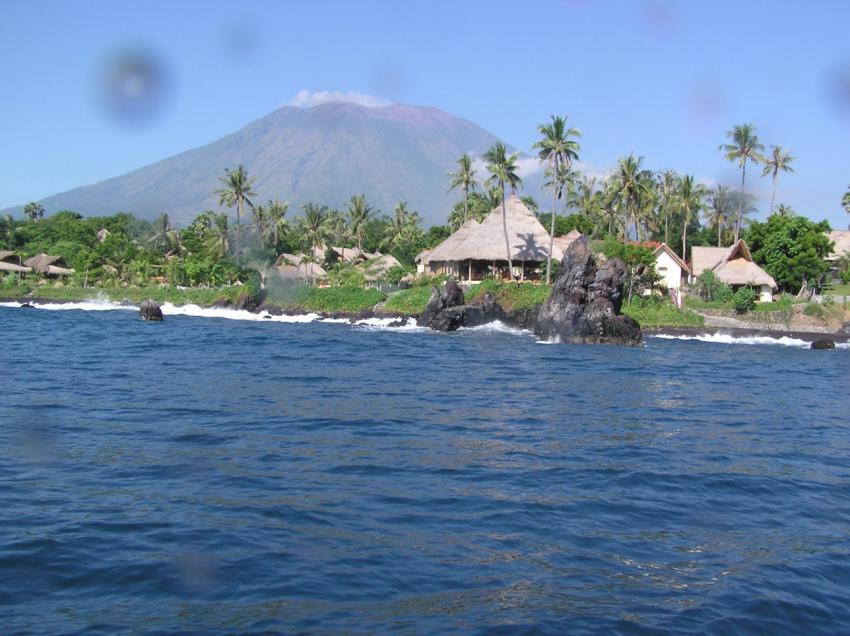 Bali Alma Batu, Alam Batu,Indonesien