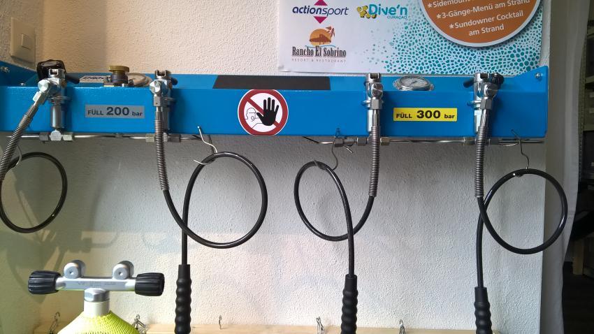 Füllanlage mit 200 und 300 bar, füllstation bodensee, Tectauchshop.de, Deutschland, Onlineshops