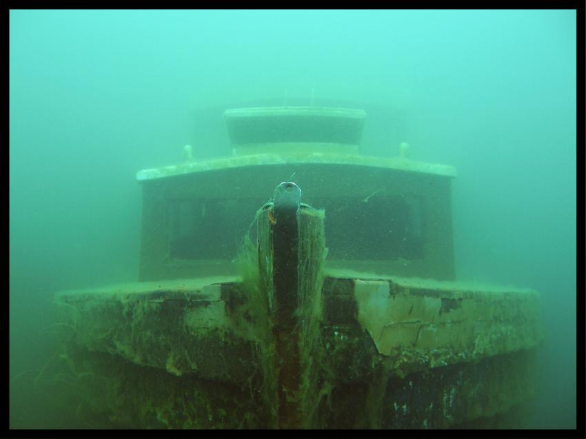 Senftenberger See, Senftenberger See,Senftenberg,Brandenburg,Deutschland,wrack,holzboot,bug,kajüte
