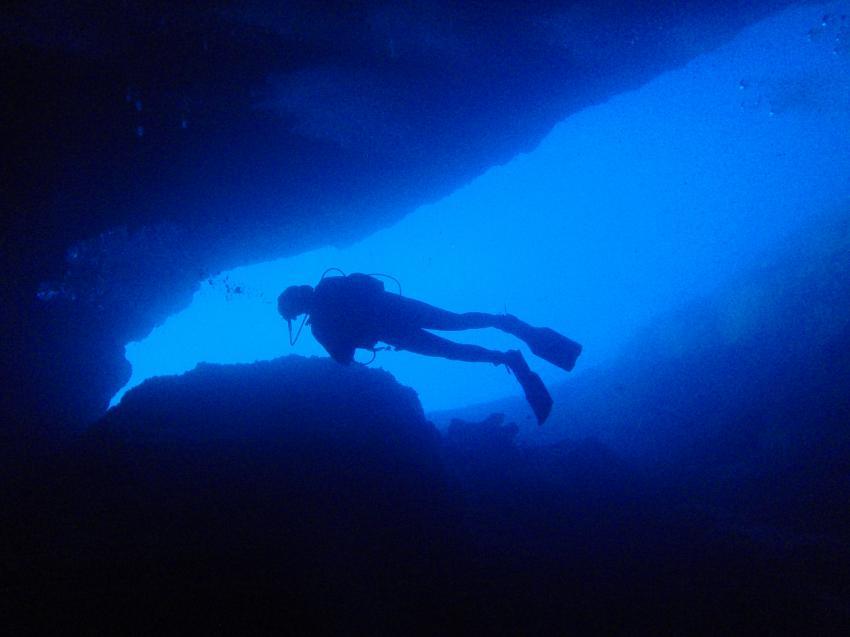 Mallorca Dragonera, Mallorca,Dragonera,Spanien,Höhle zum Ausgang fotografiert