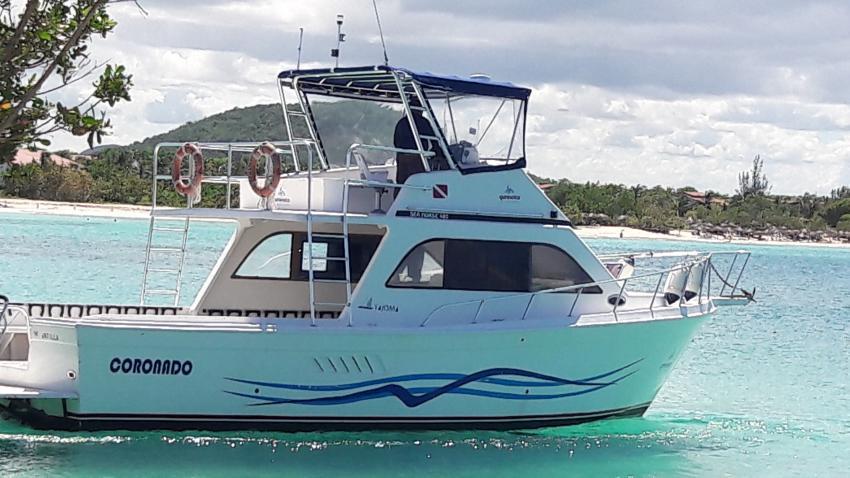 Das Tauchboot mit dem wir transportiert wurden, Blue World, Playa Pesquero, Kuba
