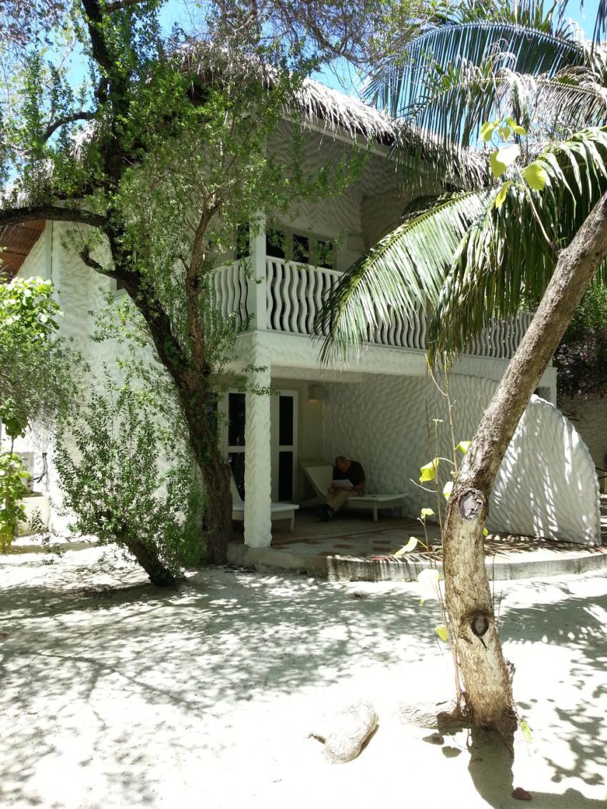 Chaaya Dhonveli Resort & Spa, Malediven