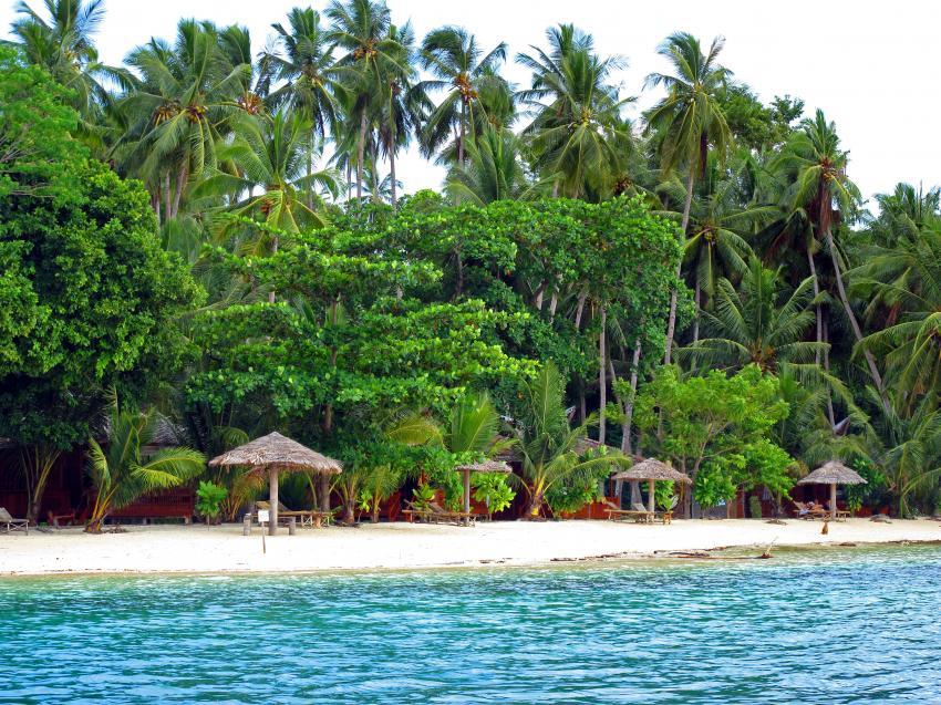 Pulau(= Insel) Sahaung (Bangka Archipel), Pulau Sahaung,Indonesien,Blue Bay,strand,palmen