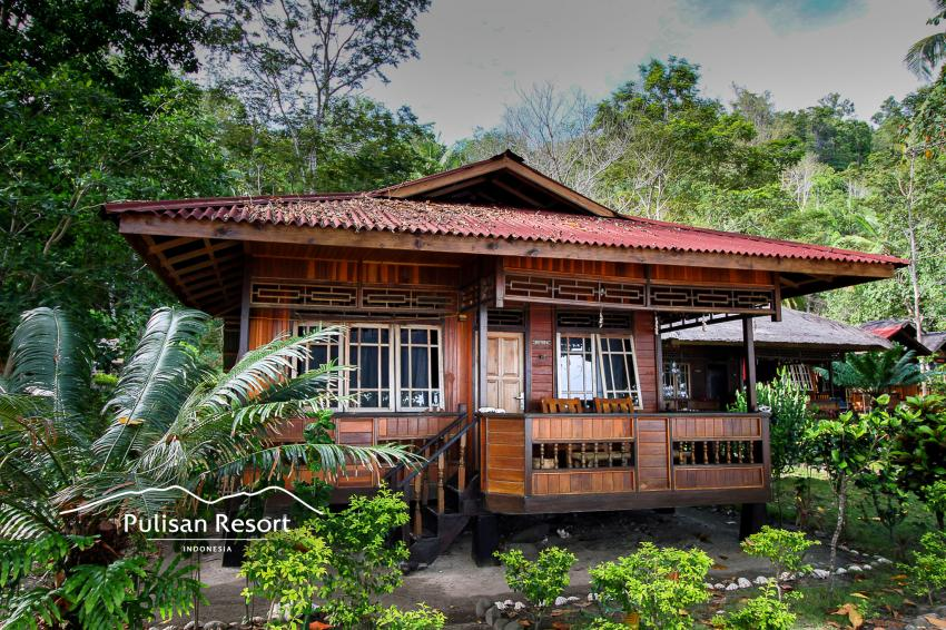 DELUXE BUNGALOW, Pulisan Jungle Beach Resort, Indonesien