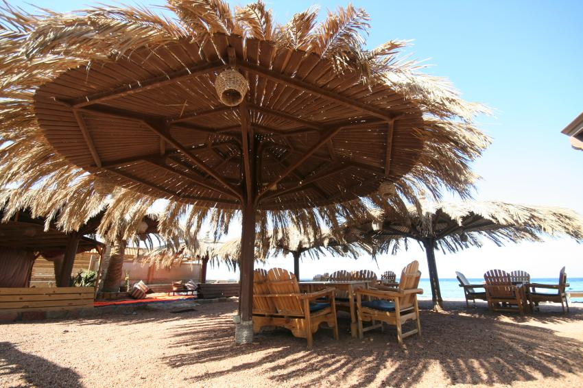 Beach at Dive Urge, Dive Urge Dive Resort, Dahab, Ägypten, Sinai-Nord ab Dahab