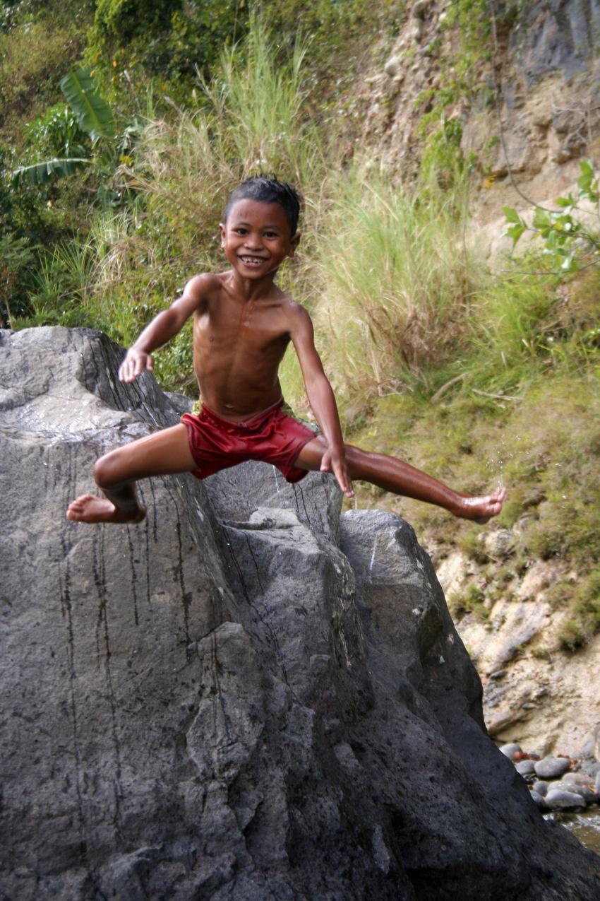Flores Maumere, Flores Maumere,Indonesien,Einheimisches Kind,lächelt