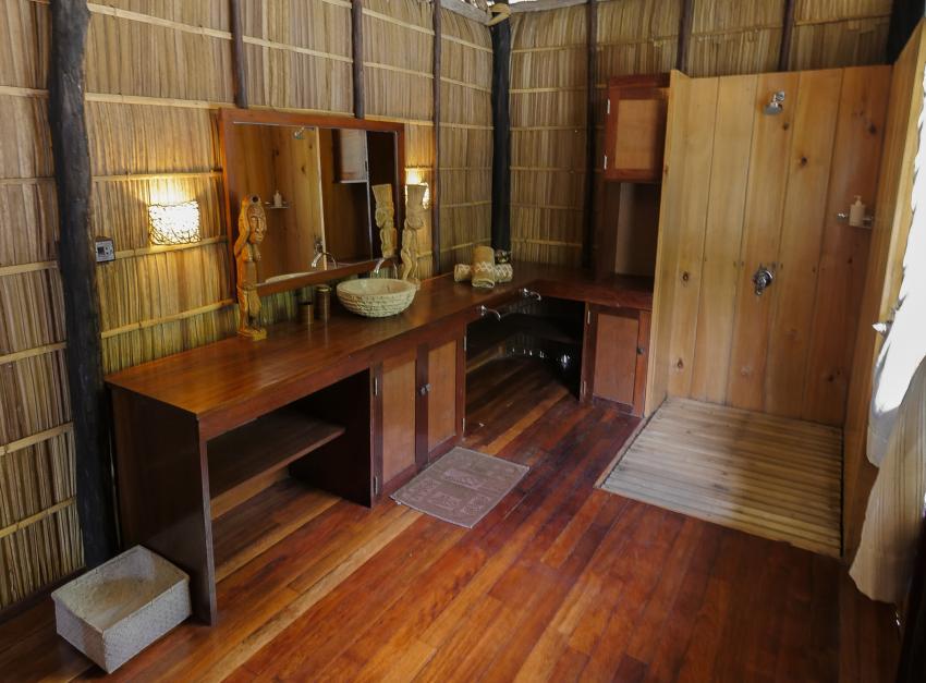 Papua Explorers Badezimmer, Tauchen Raja Ampat, Raja Ampat Papua Explorers Resort, Indonesien, Allgemein