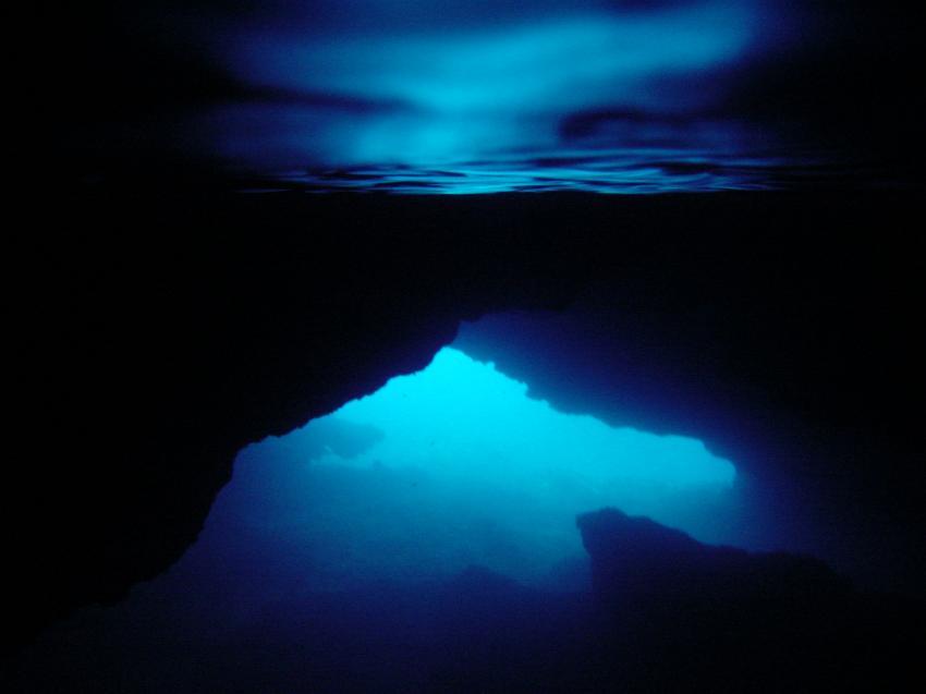 Mallorca - Cala Sa´nau, Mallorca - Cala Sa´nau,Spanien,Höhle,Spiegelung,Luftblase,blau
