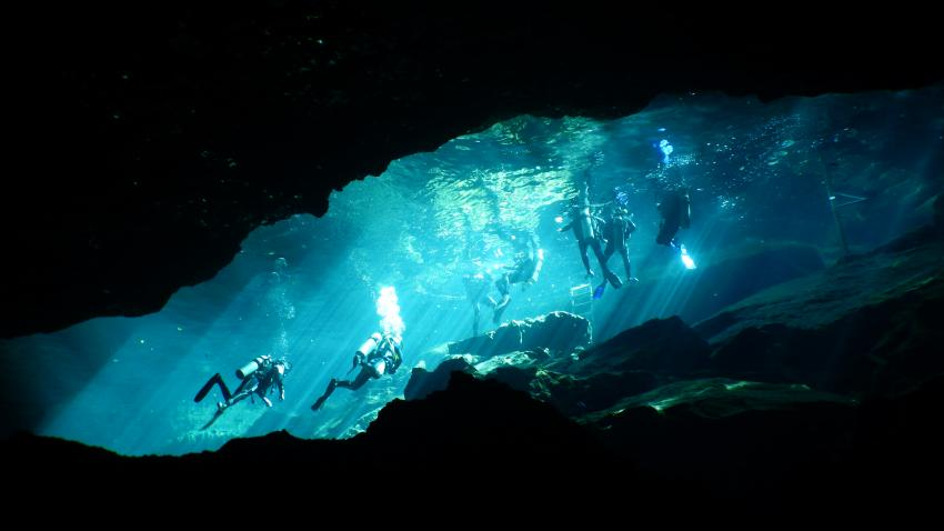 Chac Mol, Cenote Adventures, Playa del Carmen, Mexiko