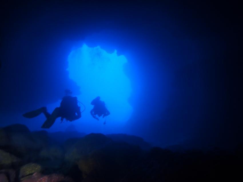Höhle, Grotte, Aquanautic Dive Center Tenerife (ex Barakuda ), Adeje, Teneriffa, Spanien, Kanaren (Kanarische Inseln)