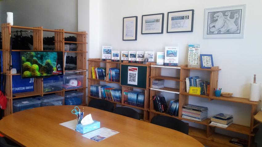 Ausbildung / Treffpunkt / Meetingpoint, Ocean World Dive Center, Tarajalejo, Fuerteventura, Spanien, Kanaren (Kanarische Inseln)