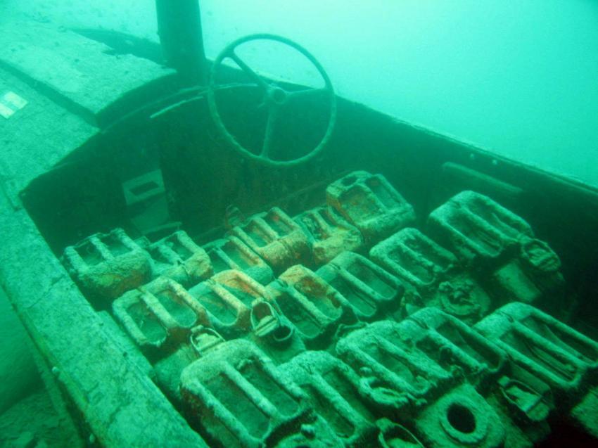 Walchensee, Walchensee,Bayern,Deutschland,Boot,Sportboot,Ballast,versenkt