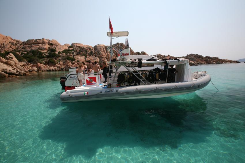 Mistral-   9.60Mt  - Schlauch boat mit toiletten, Sardinia, OrsoDiving, Corsica, tauchen, Catamaran, Orso Diving Club (Sardinien), Italien, Sardinien
