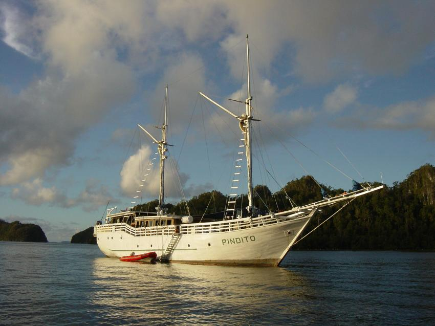 Irian Jaya - Pindito Kreuzfahrt, Irian Yaja,Indonesien,Traumschiff,segelschiff,jacht