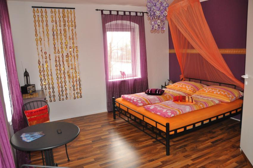Zimmer Orient, Flusstauchbasis Magic Dive, Magic Dive, Traunfall, Österreich