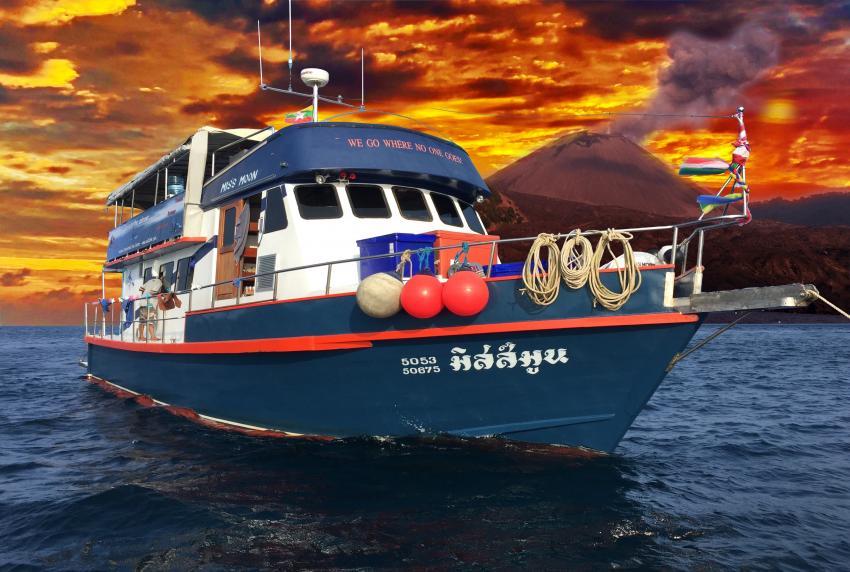MV Miss Moon, Miss Moon, Ranong, Thailand, Myanmar, AIDC Andaman International Dive Center, Ranong, Andamanensee