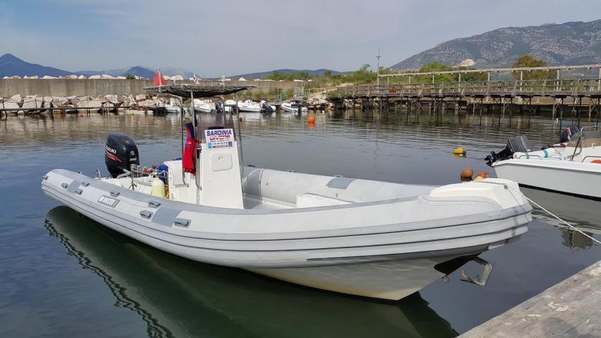 Unser Tauchboot, 9 Meter und super bequem, Sardinia Divers, Orosei, Italien, Sardinien