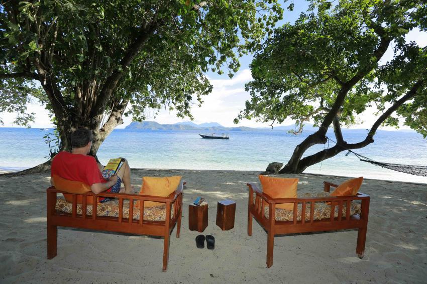 Enjoying the Murex Bangka View, Murex Dive Resorts, Bangka, Manado, Bunaken, Scuba Diving, Passport to Paradise, Murex Dive Resort - Bangka Island, Indonesien, Sulawesi