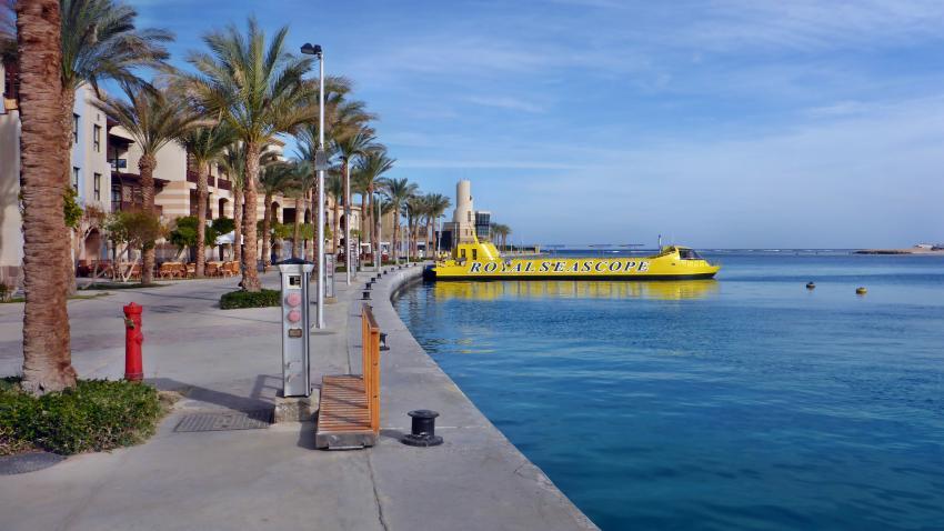 Hafenpromenade, Hafen, Extra Divers Ghalib, Port Ghalib, Ägypten, El Quseir bis Port Ghalib