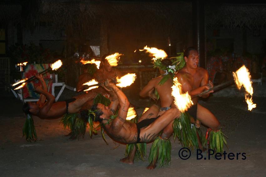 Moorea, Moorea und Fakarava,Französisch-Polynesien,Einheimische,Tanz,Feuer