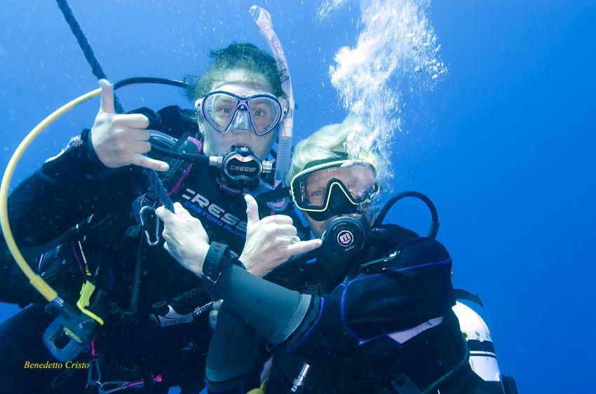 Sami e Yv Ira divers, Ira Diving Club, Porto Rotondo (Sardinien), Italien, Sardinien