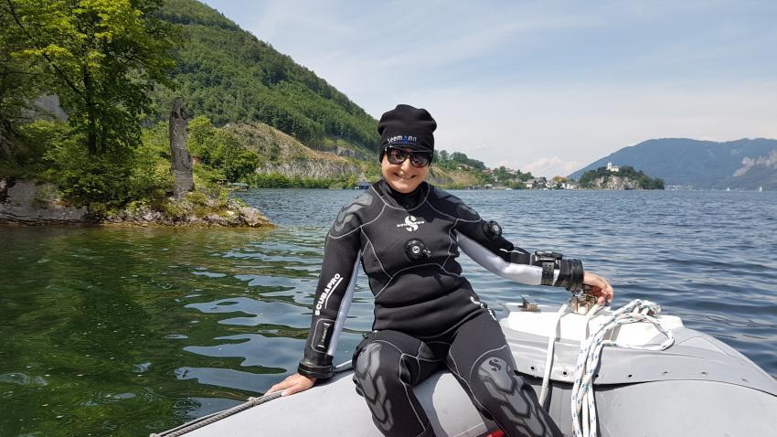 Madonna, Adventure Diving Tauchschule, Gmunden, Österreich