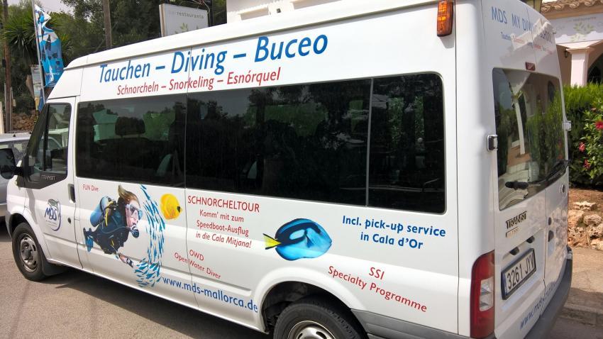 Einer unserer Busse, MDS My Diving School, Cala Serena, Mallorca, Spanien, Balearen