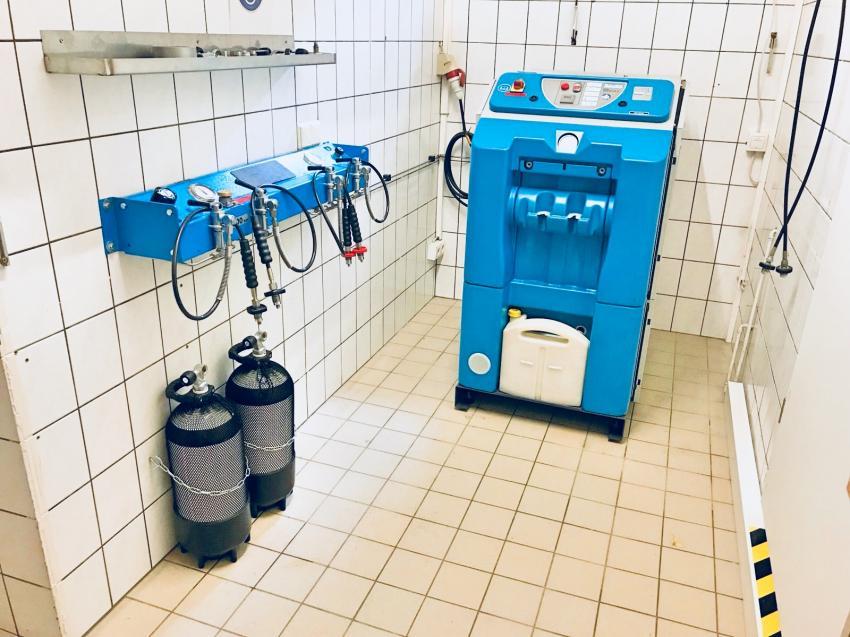 Mini Vertikus III, Tauchflaschen füllen, Nitrox, Trimix, Tauchschule Enjoy The Silence GbR, Deutschland, Nordrhein-Westfalen