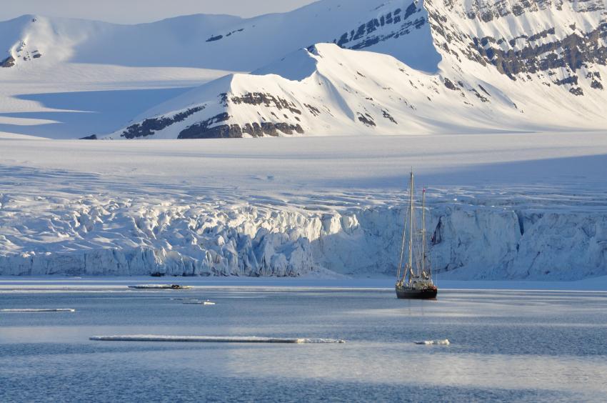 Tauchsafari Svalbard, Svalbard (Spitzbergen),Norwegen,Die Landschaft Svalbards