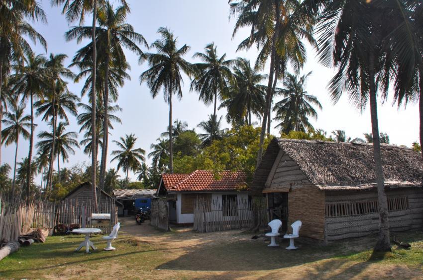 Kalpitiya Diving Center - Epic Encounters Dive & Adventure Centre, Sri Lanka