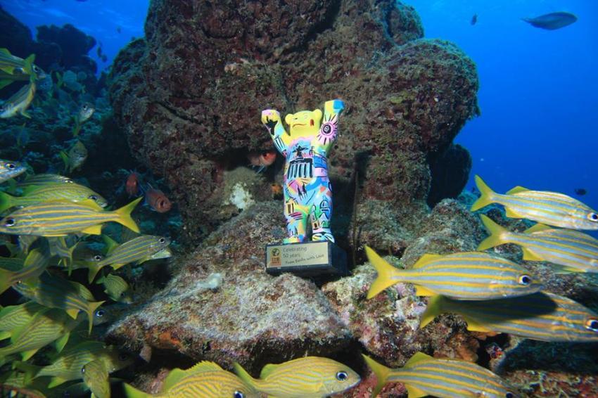 """""""Berliner Bär 20.000 Meilen unter dem Meer"""" , Curacao Divers (Sun Reef Village), Sint Michiel, Niederländische Antillen, Curaçao"""