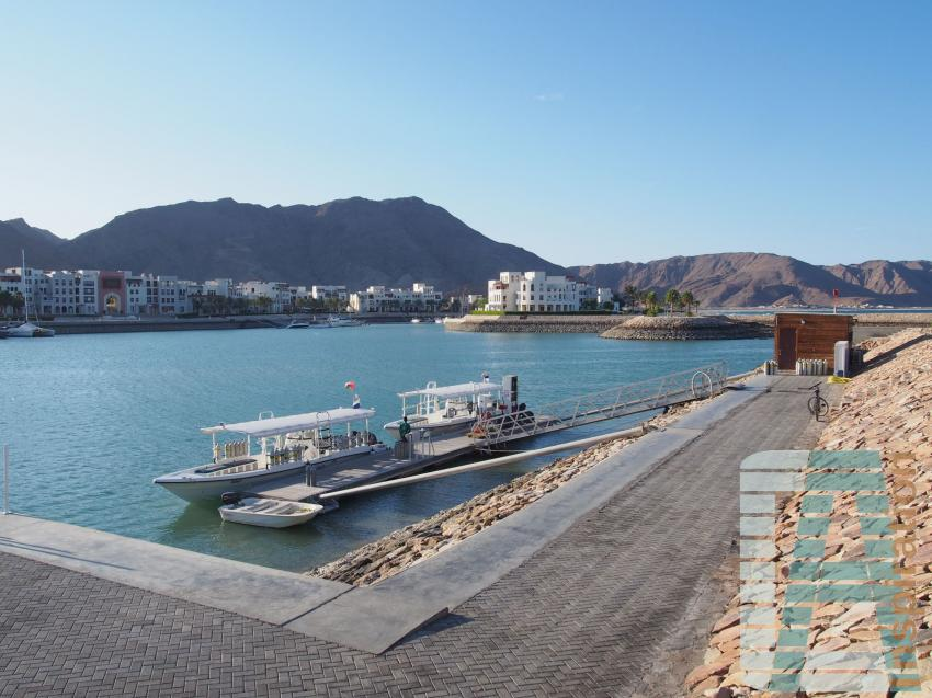 Extra Divers, Sifawy Boutique Hotel, Sifah, Oman