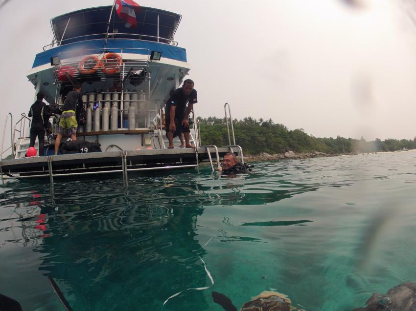 Absolut Diving - Ausbildung, Absolut Diving, deutsche Tauchschule, PADI, TDI, NAUI, Kreislaufgerät, Rebreather, CCR, TEC, Nitrox, TRIMIX, Kata, Thailand, Phuket, Safaris, Tagestouren, Liveaboard, Similans, Phi Phi, Schnorcheln, Sidemount, Andamanensee