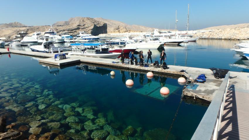 Extra Divers - Qantab - Oman, Oman