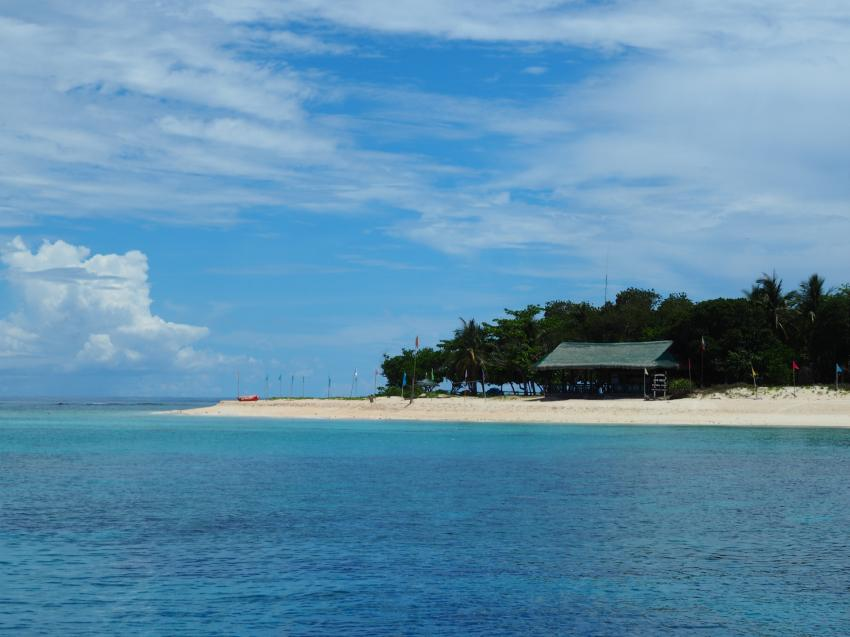 Apo Reef; Park Ranger, Apo Reef, Pandan Island, Sablayan, Philippinen