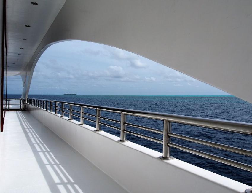 Emperor Serenity, Malediven